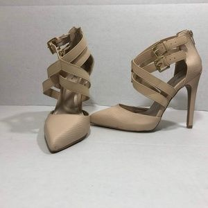 Qupid Womens Size 7 Brown Closed Toe Strappy Heels